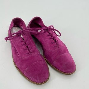 Aldo fuschia suede/leather lace up shoes